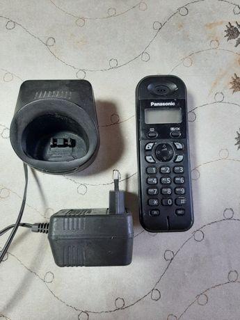 Телефон беспроводной Panasonic два телефона со своей зарядкой