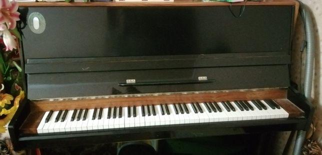 Продадим пианино