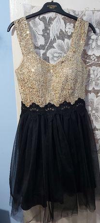 Vând 5 rochițe mărime M