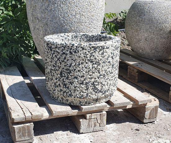 Вазоны из декоративного бетона