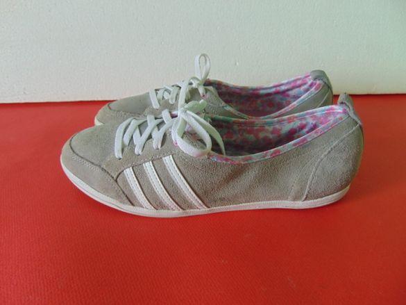 Adidas номер 40 Оригинални дамски обувки