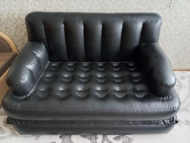 Надувной диван..