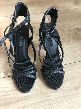 Дамски сандали с ток New look
