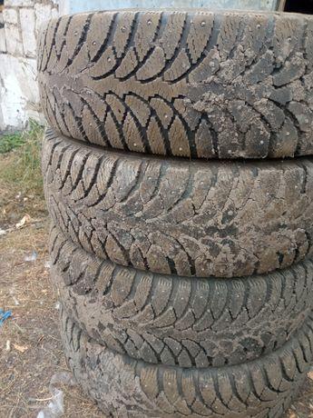Зимние шины в хорошем состоянии 15