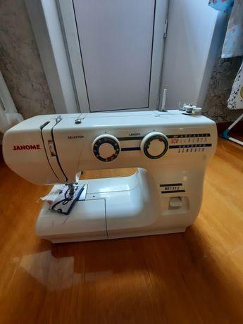 Швейная машинка, машина швейная
