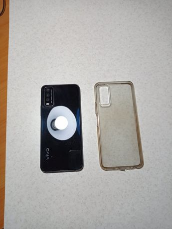 Продам телефон Vivo в отличном состоянии