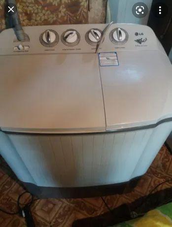 Продам стиральную машинку полуавтомат LG на 6 кг