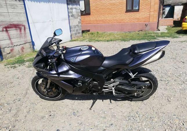 Продам Мотоцыкл R1 2004г
