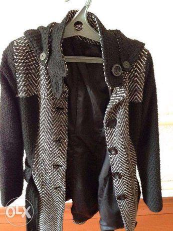 Продается подростковое пальто