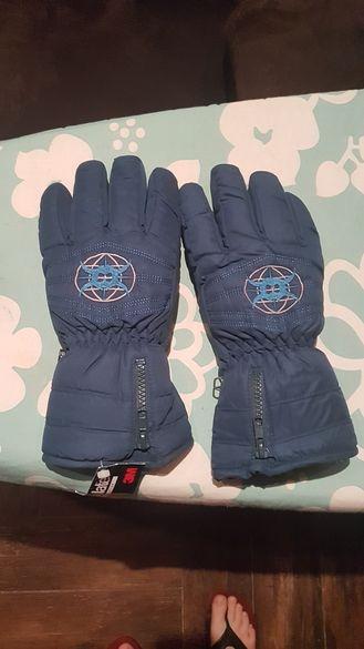 Чисто нови скиорски ръкавици, номер 7