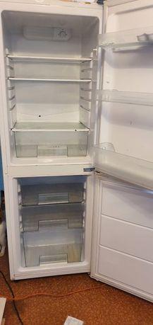 Холодильник Samsung 2-x Камерный