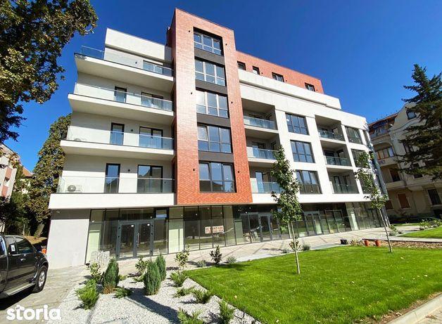 Apartament nou - Str. Republici - Etajul 3.
