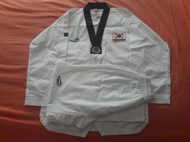 Продам кимоно для тэквондо ( новое )