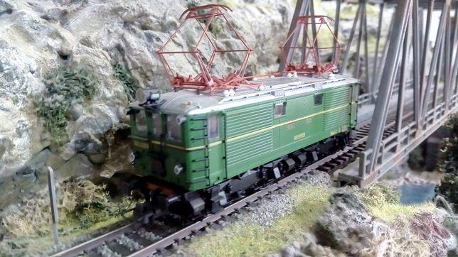 ROCO 62681, locomotiva digitala trenulet electric 16.5mm, HO, 1:87