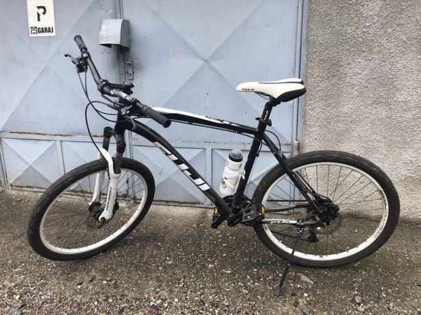 Vând/Schimb Bicicleta Mountain Bike , FUJI, schimbătoare Shimano