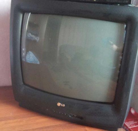 Продам телевизор и DWD