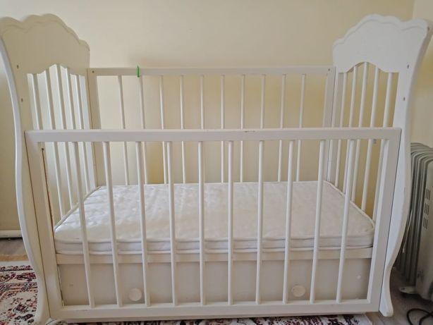 Продам детскую кроватку манеж