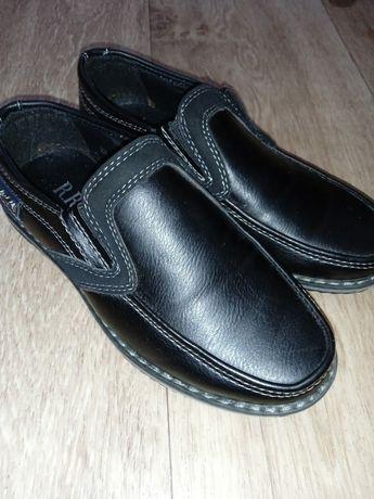 Продам туфли дет