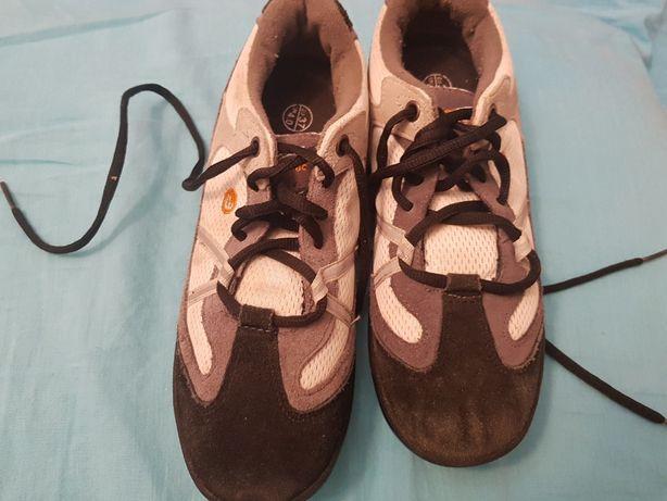 Pantofi ciclism mărimea 37
