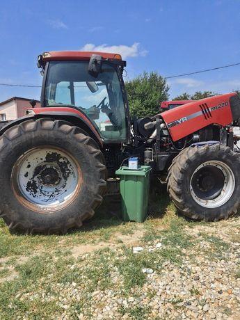 Dezmembrez Tractor Case MX 220