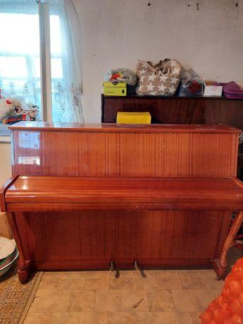 Продам импортное пианино(Германия)
