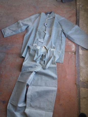 Продам костюмы прорезиненные (шахтёрские)