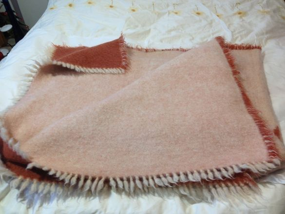 Вълнени одеяла,големи и малки - 50лв.