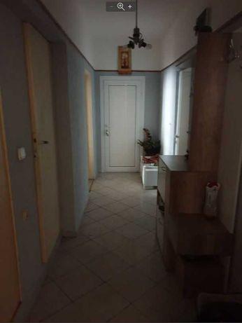 Тристаен апартамент в Кайсиева градина-Касабова