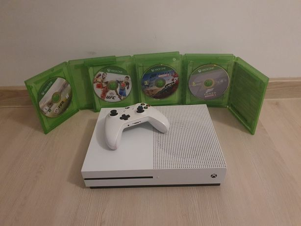 Xbox One S plus controller si 5 jocuri