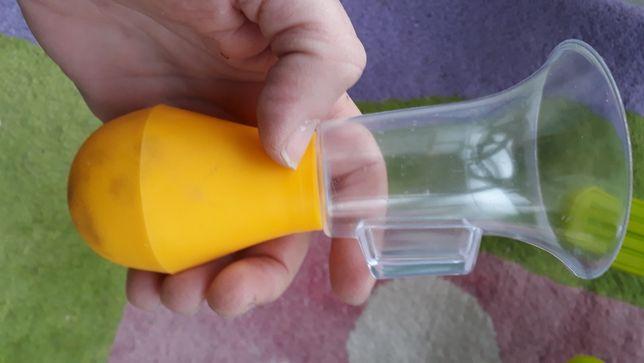 Pompa de sint manuală folosită o data