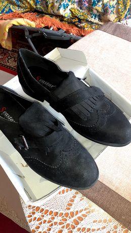Дамски обувки чисто нови