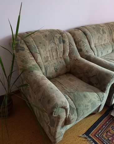 Мягкая мебель, диван и 2 кресла