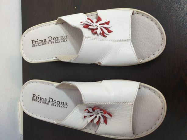 Papucei cu talpa moale
