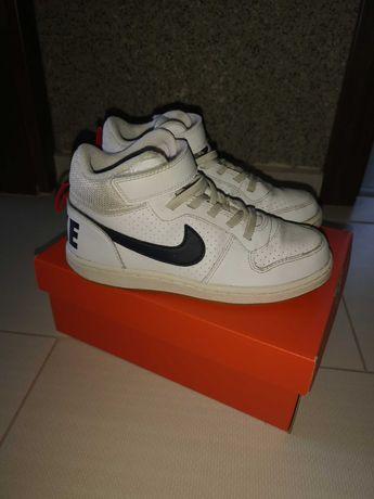 Nike-кецове
