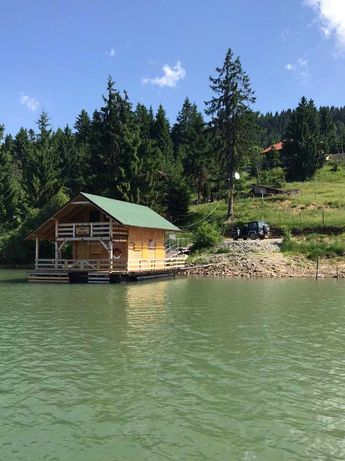 De inchiriat: 'Cabana ponton' Colibita