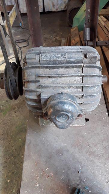 Продам зх фазный двигатель