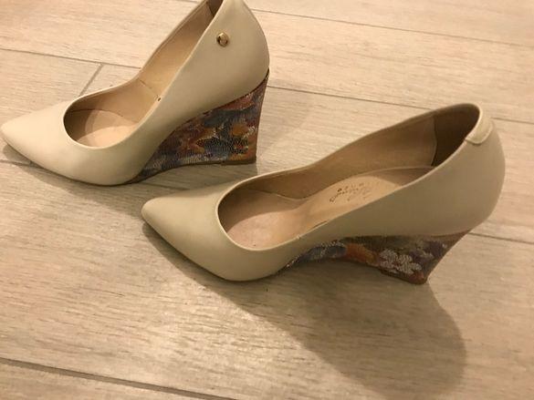 стилни обувки