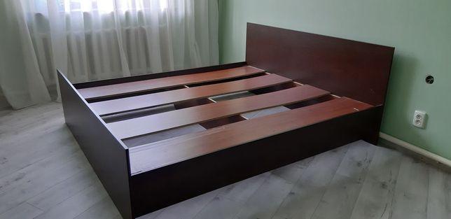 Кровать двуспальная 180×200