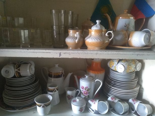 Продам наборы посуды чайной