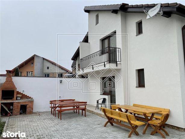 Casa cu 4 apartamente - pretabila regim hotelier - SPA