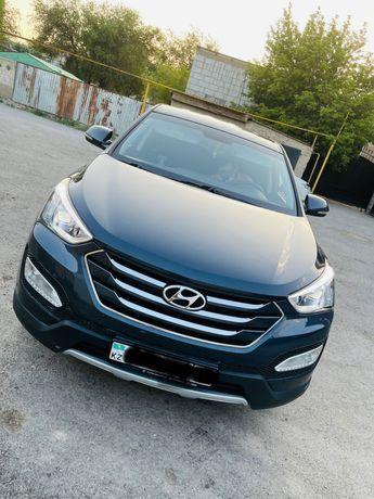 Продам машину Hyundai Santa Fe
