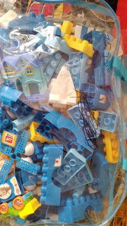 Конструктор-Лего из 279 предметов