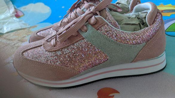 нови маркови Дамски сандали, маратонки и кецове 38 номер