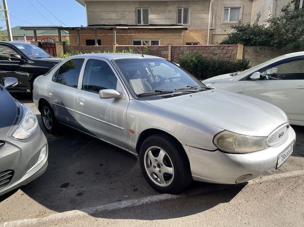 Машина форд мондео 2