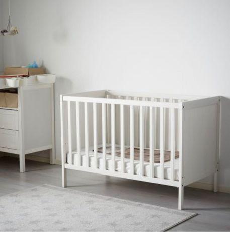 Ново неразопаковано регулиращо се бебешко / детско легло ИКЕА 60х120.
