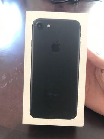Каробка iPhone 7