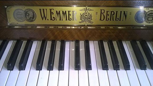 Антикварное пианино фортепиано