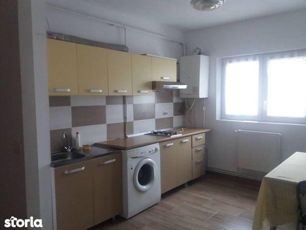 Apartament 3 camere 72 mp Ultracentral mobilat utilat 64.000 Euro