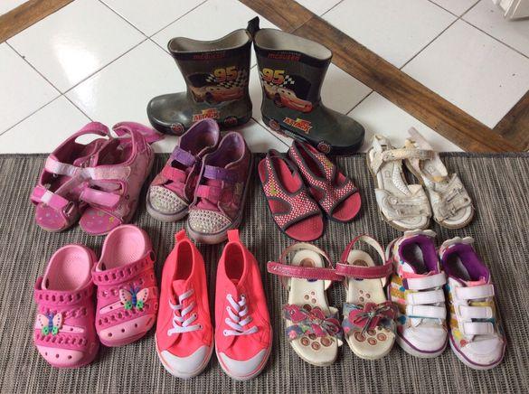 Детски обувки 9 чифта цена за всичко 15лв