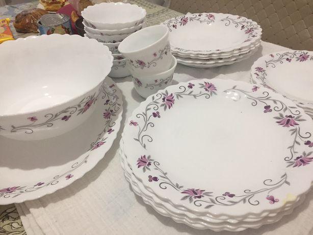 Продам красивый набор посуды!